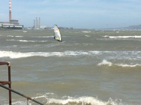 SAMRA Windsurfing in the waves